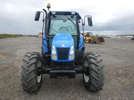 2013 New Holland T5040 4WD Tractor 4 Cyl c/w A/C, 3 Point Linkage, Drawbar (Hour Meter Shows 2,625)  - picture2' - Click to enlarge