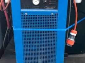 ****SOLD***Air dryer complete with pre and final filters - picture0' - Click to enlarge