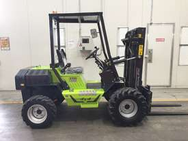 1.2T All-Terrain Forklift - Fully 4 x 4 Capable - picture0' - Click to enlarge