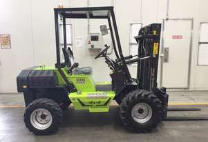 1.2T All-Terrain Forklift - Fully 4 x 4 Capable