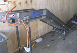 Contech Incline Gooseneck Conveyor