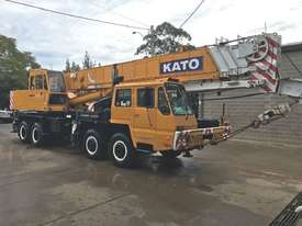 1998 KATO NK500EV TRUCK CRANE - picture0' - Click to enlarge