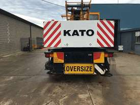 1998 KATO NK500EV TRUCK CRANE - picture2' - Click to enlarge