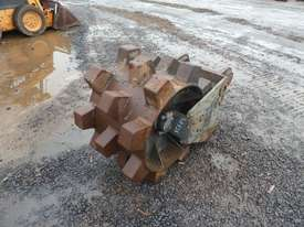 Oz Compaction Wheel to suit 30 Ton Excavator - picture2' - Click to enlarge