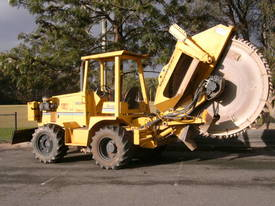 8550A rocksaw , sideshift , 2007 RW-8536 , 751 hrs - picture3' - Click to enlarge