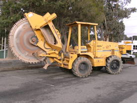8550A rocksaw , sideshift , 2007 RW-8536 , 751 hrs - picture4' - Click to enlarge