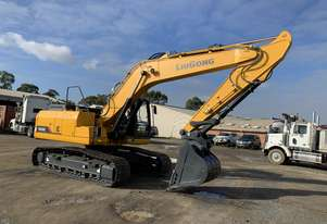 22T Excavator BRAND NEW IN STOCK NOW