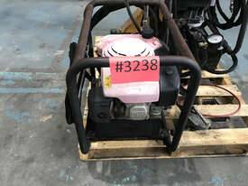 Enerpac Petrol Powered Double Acting Hydraulic Pump 10 ltrs, Powered by 5.5HP Engine - picture0' - Click to enlarge