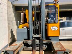 4.0T LPG Multi Directional Forklift - picture0' - Click to enlarge