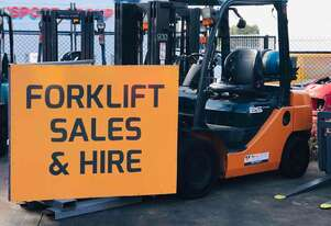 Toyota 2.5t counterbalanced forklift