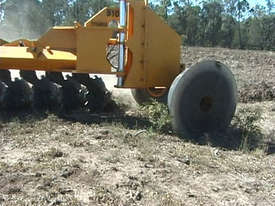 Savannah 510 Magnum 10 Disk One-Way Plow - picture2' - Click to enlarge