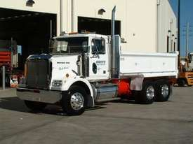 Truck Bodies - picture0' - Click to enlarge