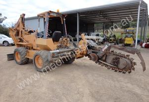 Case   860 TRENCHER 4WD