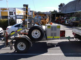 3ton self loader , drum drive , 2011 , 150hrs - picture0' - Click to enlarge
