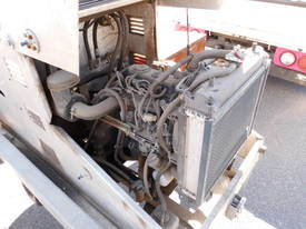 3ton self loader , drum drive , 2011 , 150hrs - picture2' - Click to enlarge