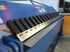 Aussies Engineered & Designed 2500mm x 4mm - picture17' - Click to enlarge