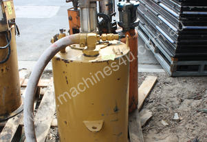 Dracom Bard AUTOMATIC PNEUMATIC GREASE PUMP