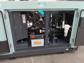 AIRMAN PDSF210SC-5C3, 210cfm Portable Diesel Air Compressor - picture6' - Click to enlarge