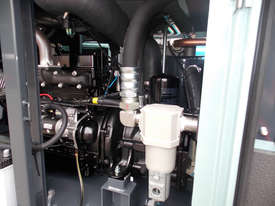 AIRMAN PDSF210SC-5C3, 210cfm Portable Diesel Air Compressor - picture7' - Click to enlarge