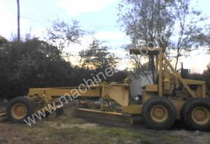Blademor 2000 707A Articulated Grader
