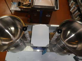 Cleveland Twin Tilting  Kettle TKET-9 -T - picture1' - Click to enlarge