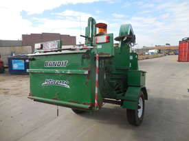 Bandit 150 Woodchipper - picture5' - Click to enlarge
