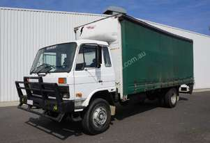 1985 Nissan CPB12 - 10 Pallet Curtainsider + Tailgate