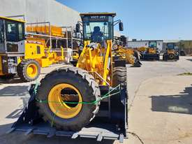 2019 Victory VL200E Wheel Loader with Rippers - picture4' - Click to enlarge