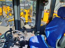 2019 Victory VL200E Wheel Loader with Rippers - picture12' - Click to enlarge