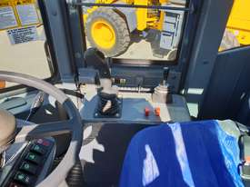 2019 Victory VL200E Wheel Loader with Rippers - picture14' - Click to enlarge