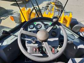 2019 Victory VL200E Wheel Loader with Rippers - picture16' - Click to enlarge