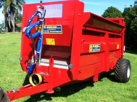 M40 manure/compost Spreader - picture3' - Click to enlarge