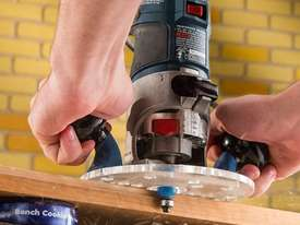 Rockler Compact Router Sub-Base with Handles - picture3' - Click to enlarge
