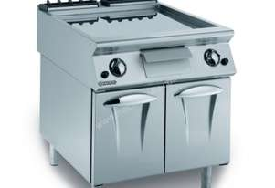 Mareno ANFT9-8GTLC Fry-Top With Smooth Chromed Fry Plate