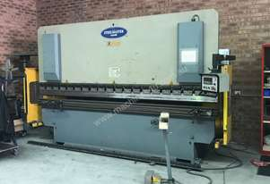 Just In - 4000mm x 125Ton NC Pressbrake & Guards