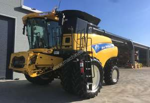 New Holland CR9060 Header(Combine) Harvester/Header
