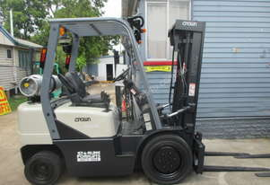 Crown 2.5 ton Container Mast Used Forklift