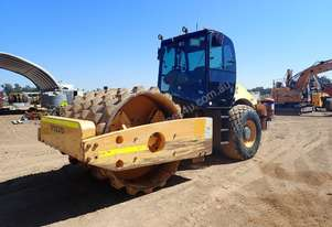 Volvo SD200DX Smooth Drum Roller