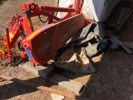 Kuhn GMD240 Mower Hay/Forage Equip - picture3' - Click to enlarge