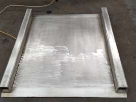 Low profile platform scales with end ramps - picture2' - Click to enlarge