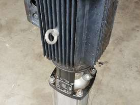 Grundfos 3KW Vertical Multistage centrifugal water pump 3 m/3h 239m Head Max - picture2' - Click to enlarge