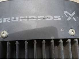 Grundfos 3KW Vertical Multistage centrifugal water pump 3 m/3h 239m Head Max - picture3' - Click to enlarge