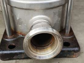 Grundfos 3KW Vertical Multistage centrifugal water pump 3 m/3h 239m Head Max - picture6' - Click to enlarge