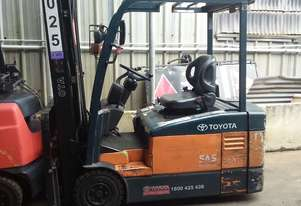 TOYOTA ELECTRIC FORKLIFT 2 TON 5650MM LIFT 2010 MODEL-SPECIAL $$$