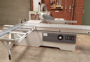 Panel saw excellent condition with extraction