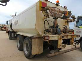 2007 HINO FM WATER TRUCK - picture1' - Click to enlarge