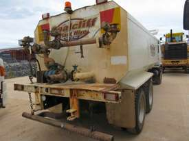 2007 HINO FM WATER TRUCK - picture2' - Click to enlarge