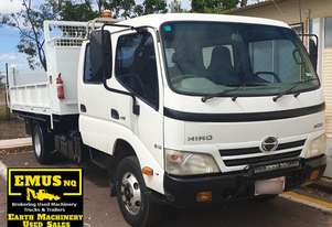 2007 Hino Crew Truck, New Motor Installed.  TS483A