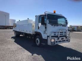 2010 Isuzu FTR900 Long - picture0' - Click to enlarge
