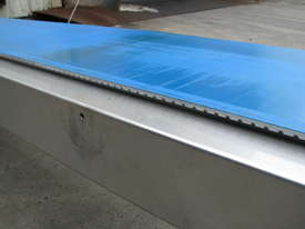 Stainless Motorised Belt Conveyor - 2.9m long - picture3' - Click to enlarge